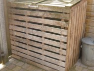 Containerhok van wegwerppalets
